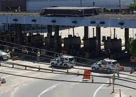Third Bridge is closed on the morning of this Thursday